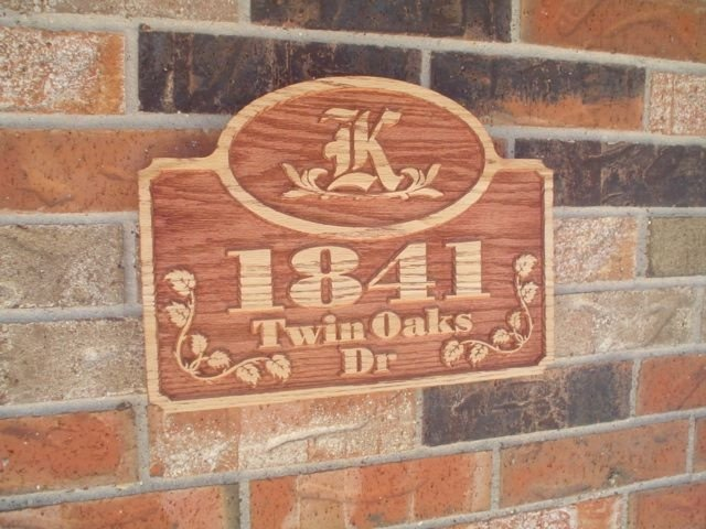 Address Plaque Red Oak