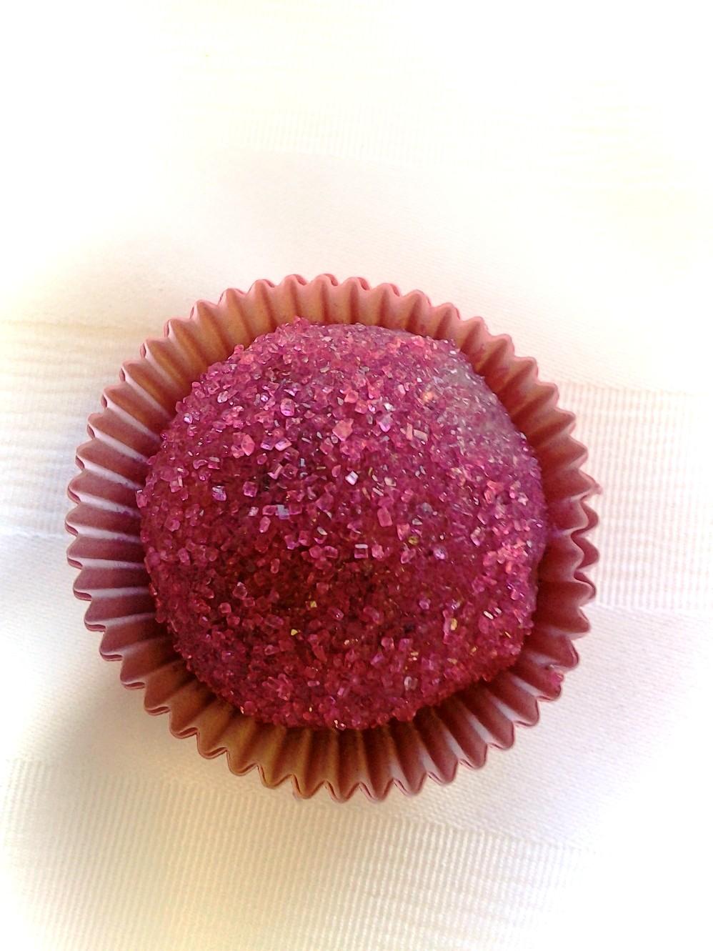https://0201.nccdn.net/1_2/000/000/181/580/cake-truffles-5.jpg