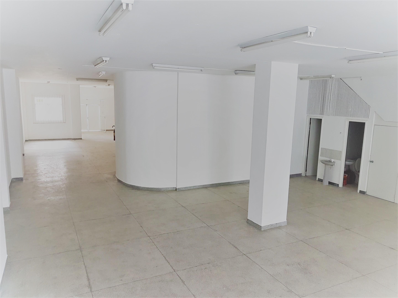 Loja Térrea (com 277m²)