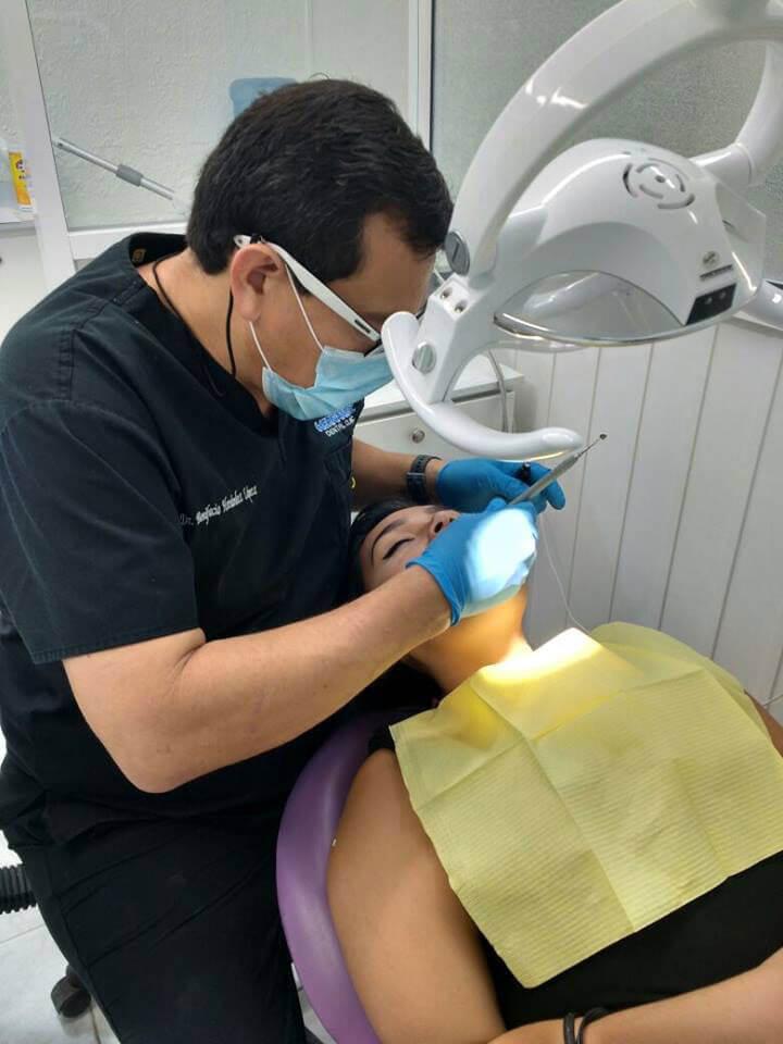 Hernández Dental Clinic - CORONAS