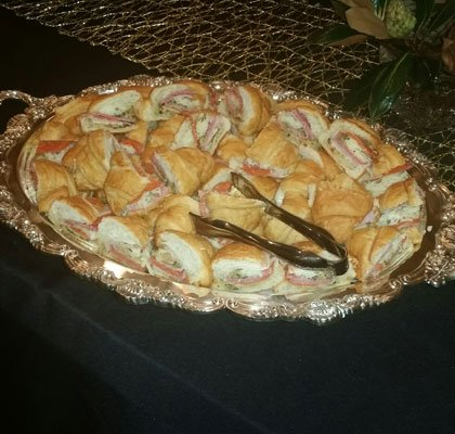 Min Muffalatta Croissants