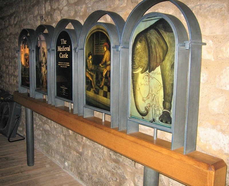 Thermal metal finishes. Pewter finished display stands in the Tower of London, White Tower.