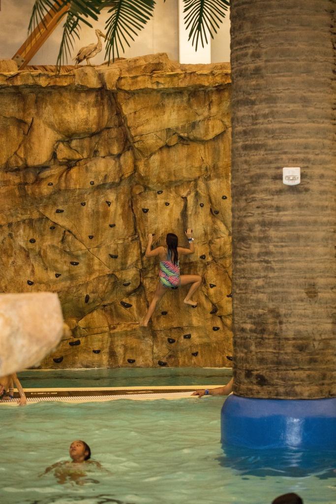 https://0201.nccdn.net/1_2/000/000/186/f15/Rock-Climbing-Wall-Girl-Wide-Angle-683x1024.jpg
