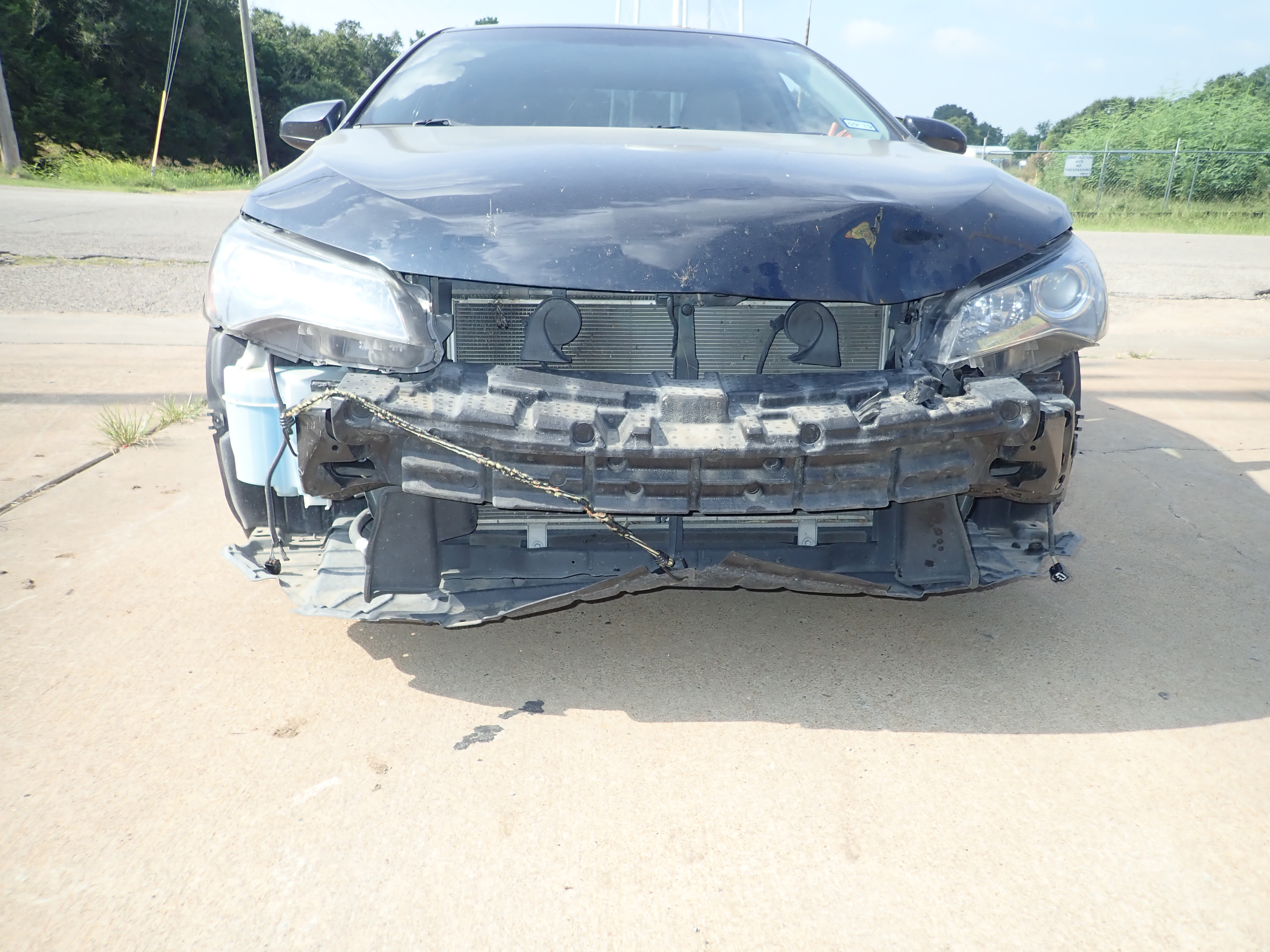 2016 Toyota Camry Front End Damage