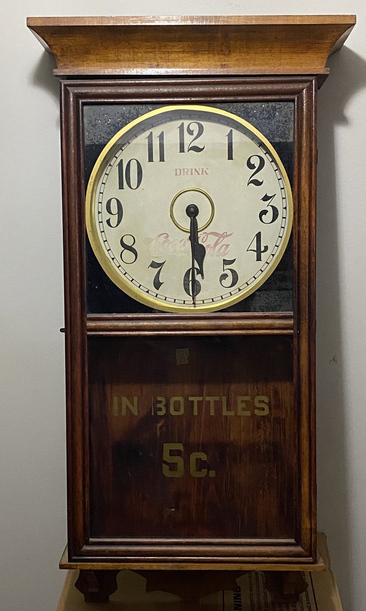 https://0201.nccdn.net/1_2/000/000/18a/8e3/COKE---CLOCK-WOODEN-5C-719x1200.jpg