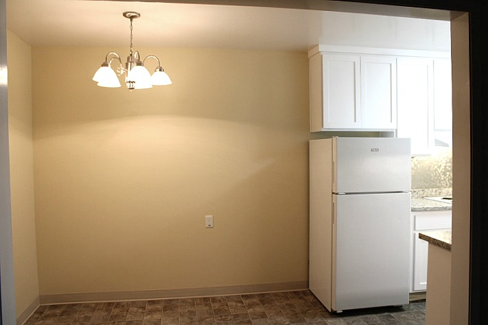 Eating area connected to kitchen