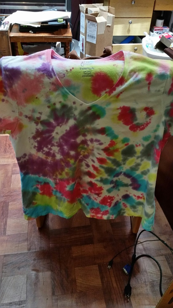 Splash Tie Dye with a splash of color, let go back