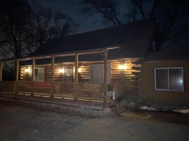 https://0201.nccdn.net/1_2/000/000/18e/018/winter-full-front-lodge.jpg