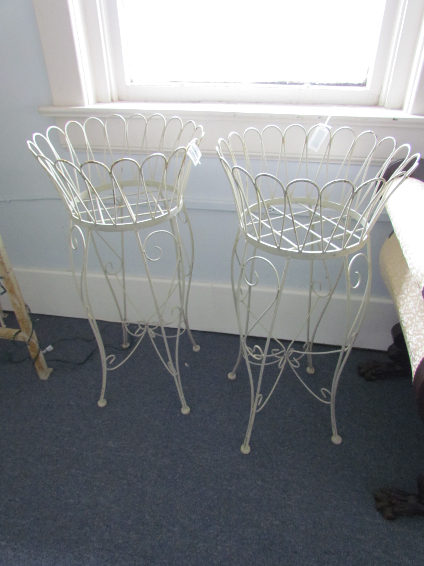 Wire Basket On Stand $10 / Day