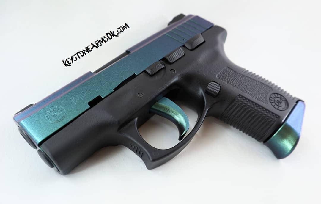https://0201.nccdn.net/1_2/000/000/193/a97/Mako-Pistol-2.jpg