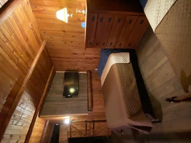 https://0201.nccdn.net/1_2/000/000/195/a02/loft-bedroom.jpg