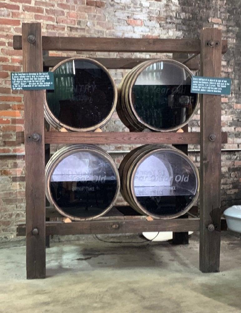 Free House Barrel Display