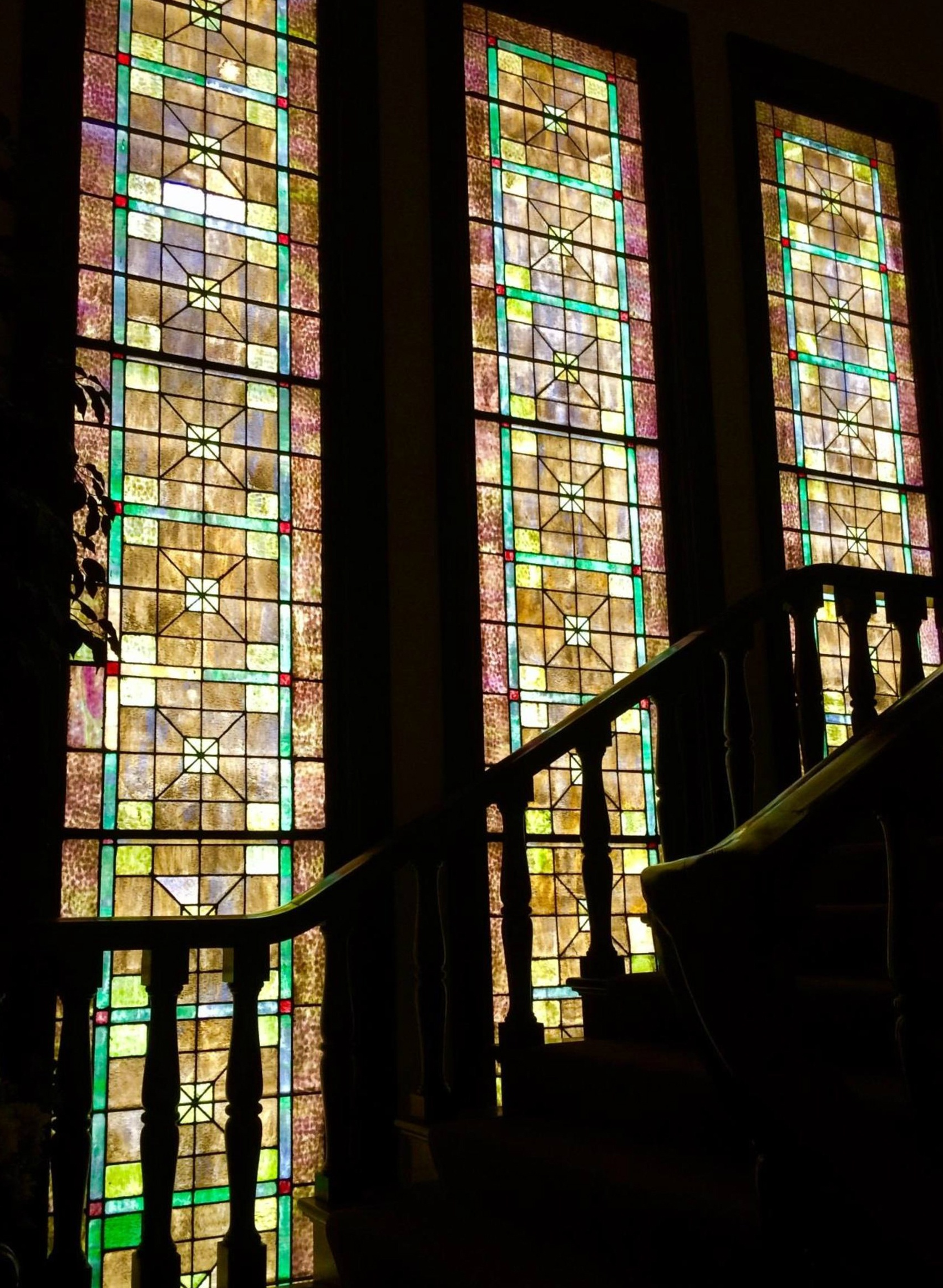 https://0201.nccdn.net/1_2/000/000/196/57a/Stained-glass-stairway-best-1700x2322.jpg