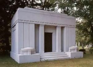 https://0201.nccdn.net/1_2/000/000/197/0fd/05-3g-mausoleum.jpg