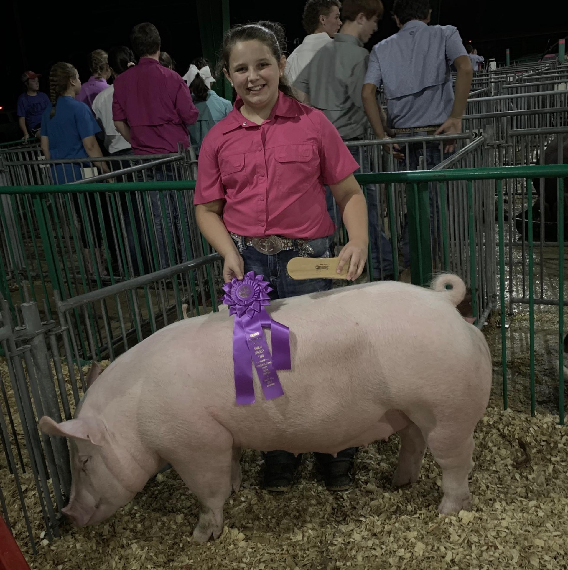 Ann Thomas Lowery 2019 Obion County Fair Reserve Supreme Champion  Gilt Overall