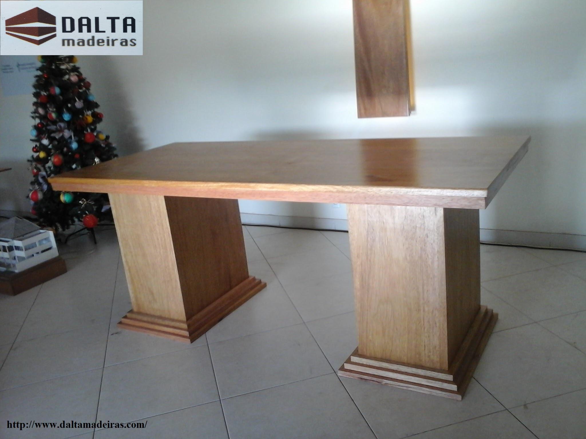 Mesa para altar de igreja.