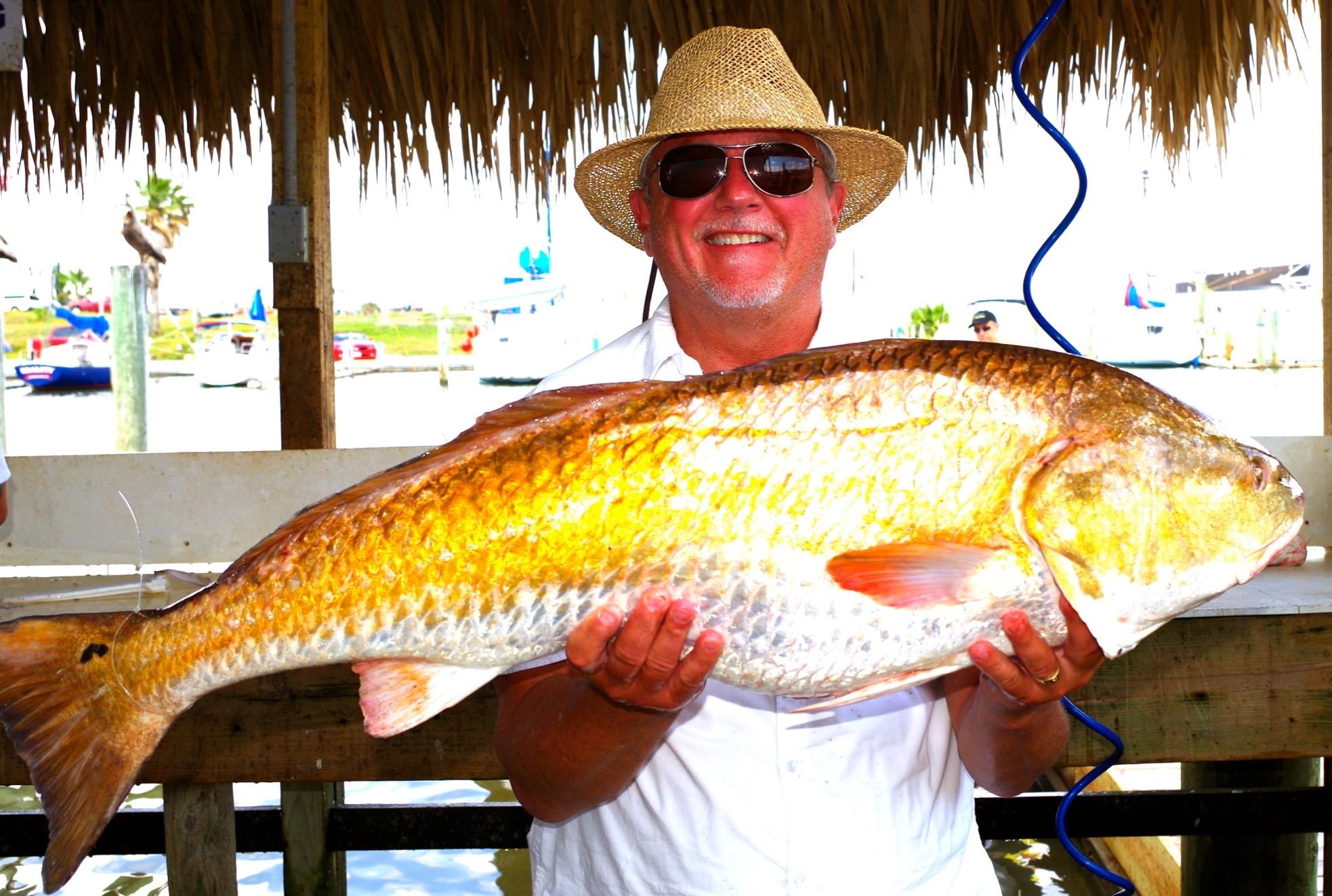 https://0201.nccdn.net/1_2/000/000/199/c20/galveston-fishing-redfish--2-.jpg