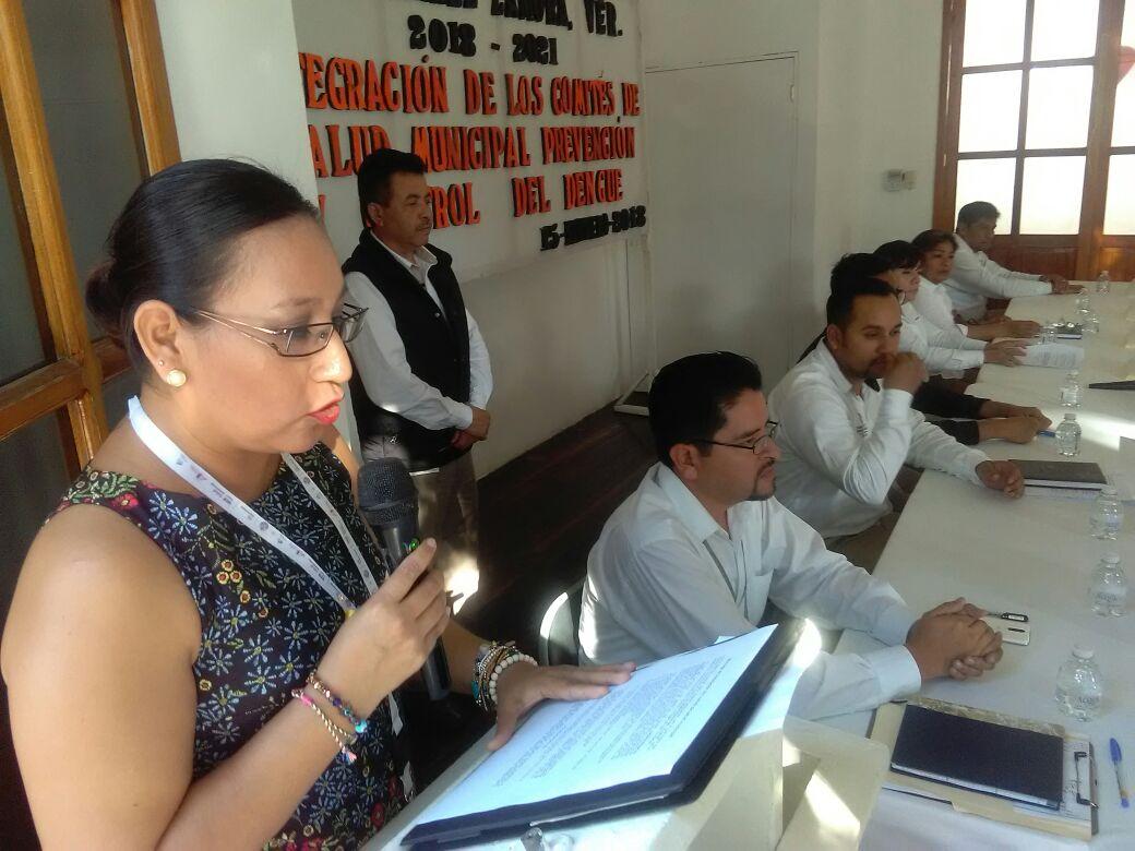 https://0201.nccdn.net/1_2/000/000/199/cb9/Coordinadora-de-promocion-de-la-salud-Idolina-Gonzalez-Zavaleta-tom---la-protesta-a-los-Comites-de-salud.jpeg
