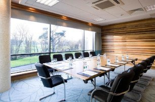 Training room in Crowne Plaza Dublin Airport