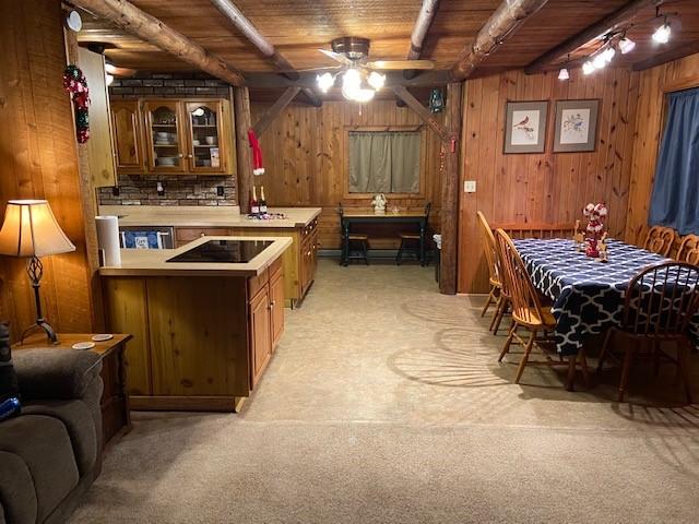 https://0201.nccdn.net/4_2/000/000/000/8a1/dining-kitchen-view.jpg