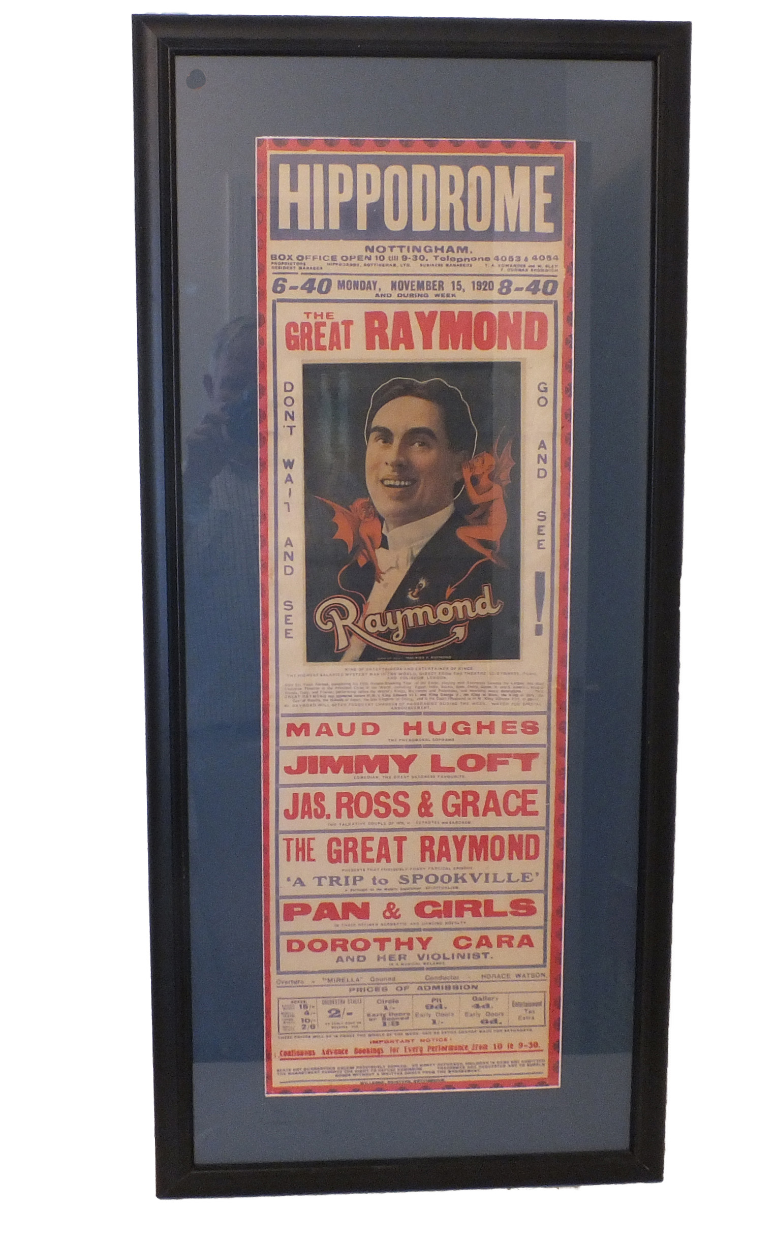 https://0201.nccdn.net/4_2/000/000/000/a3f/RAYMOND-AT-HIPPODROME.jpg
