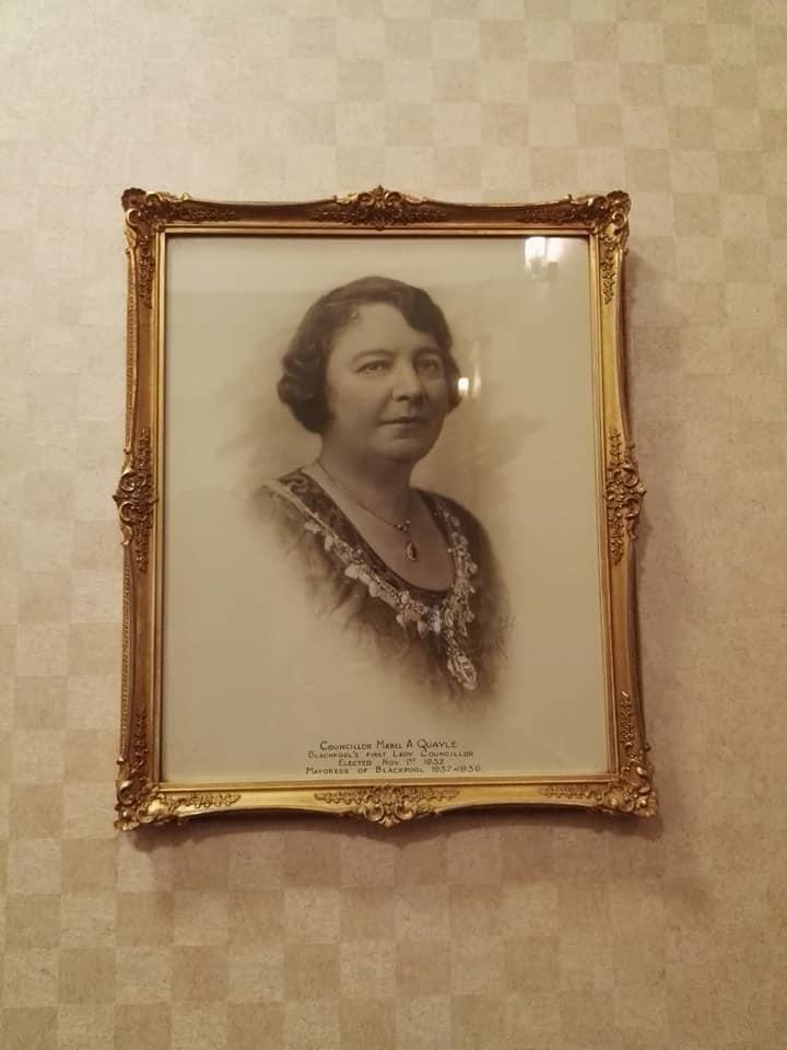 https://0201.nccdn.net/4_2/000/000/000/e6f/First-female-councillor-Blackpool-720x960.jpg