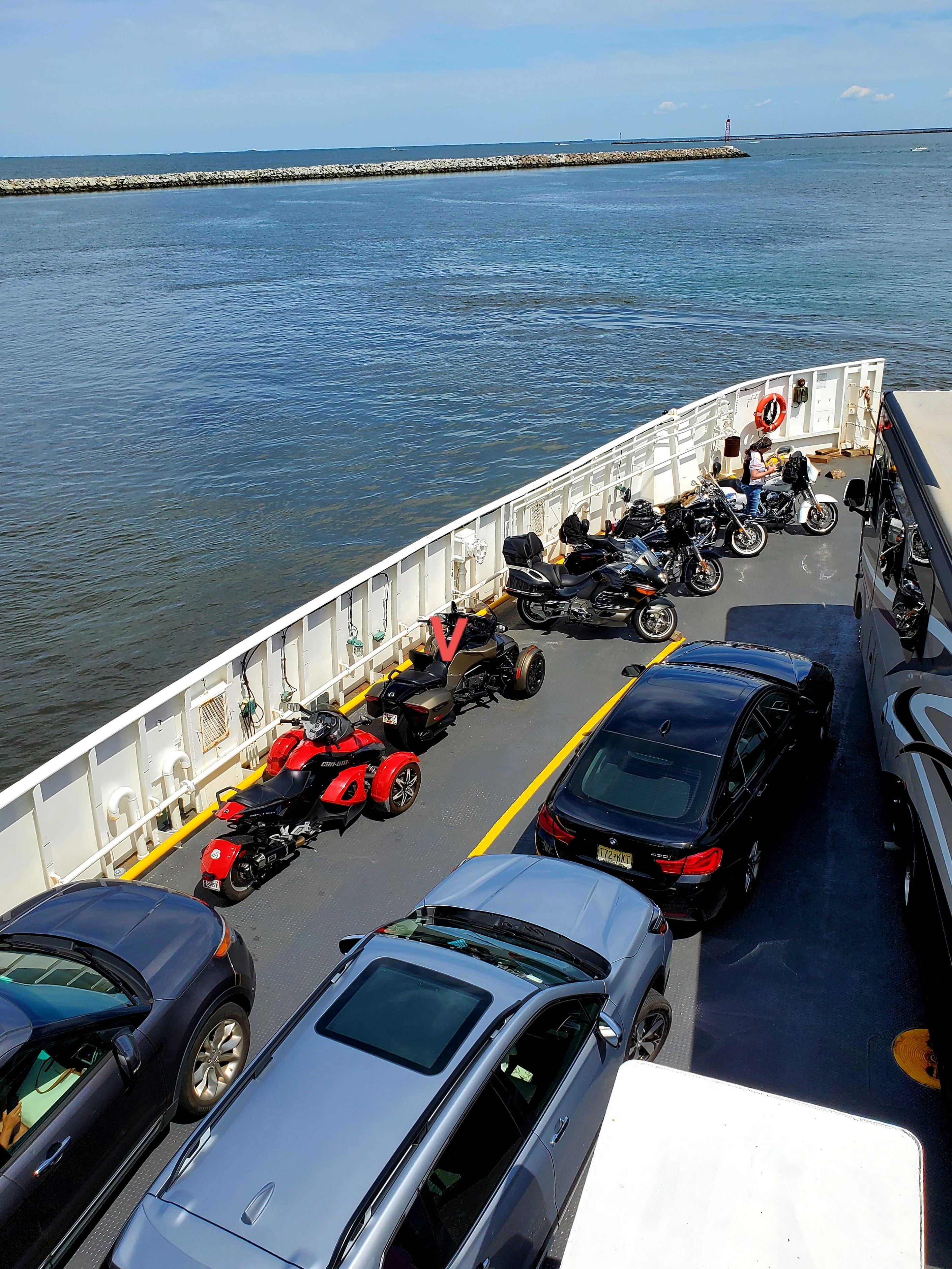 https://0201.nccdn.net/4_2/000/000/001/89f/ferry.jpg