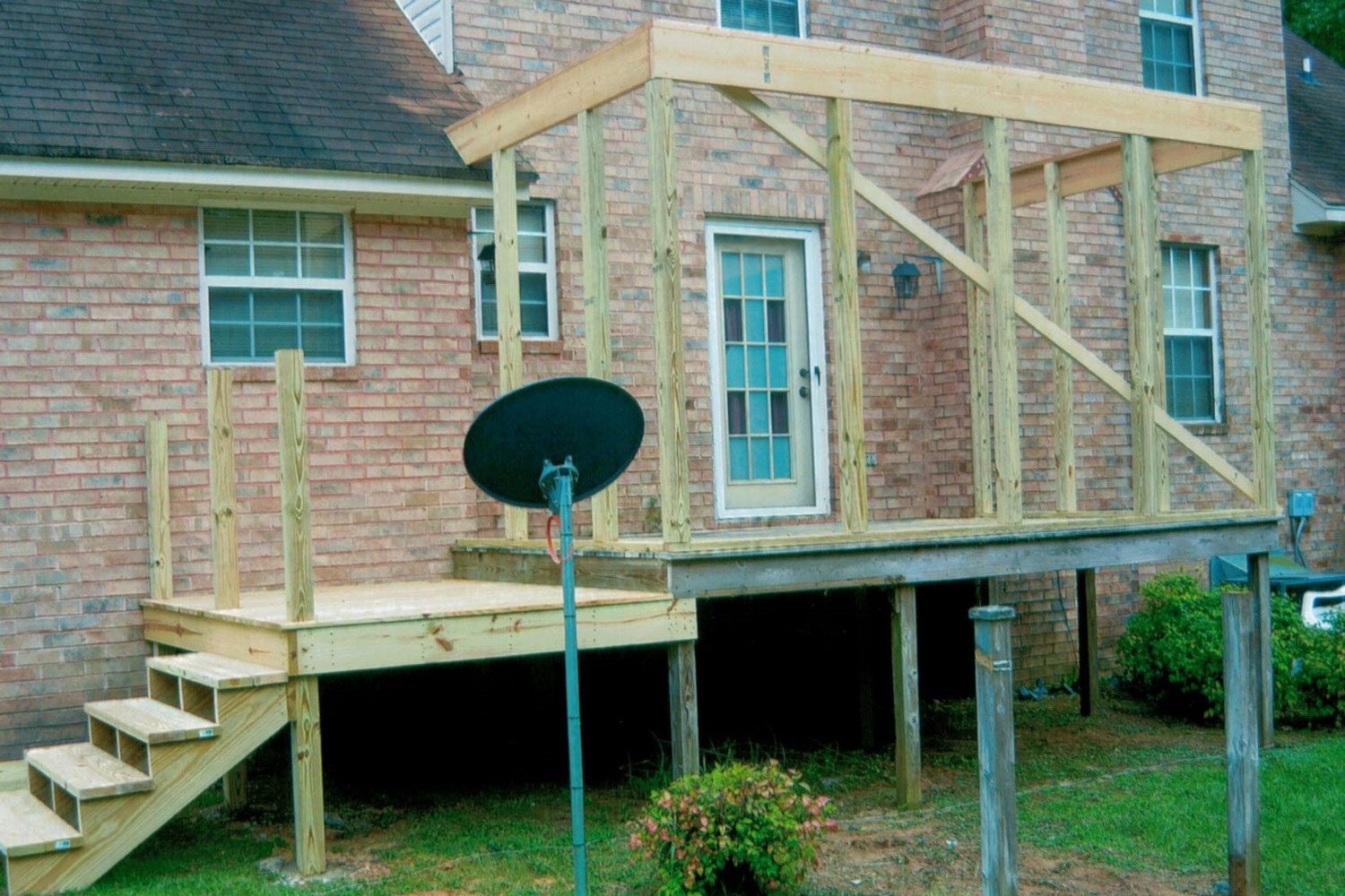 Phase 1 Screen Porch with Deck Addition