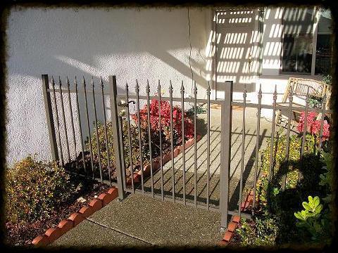 Bronze Gate w/ Spears