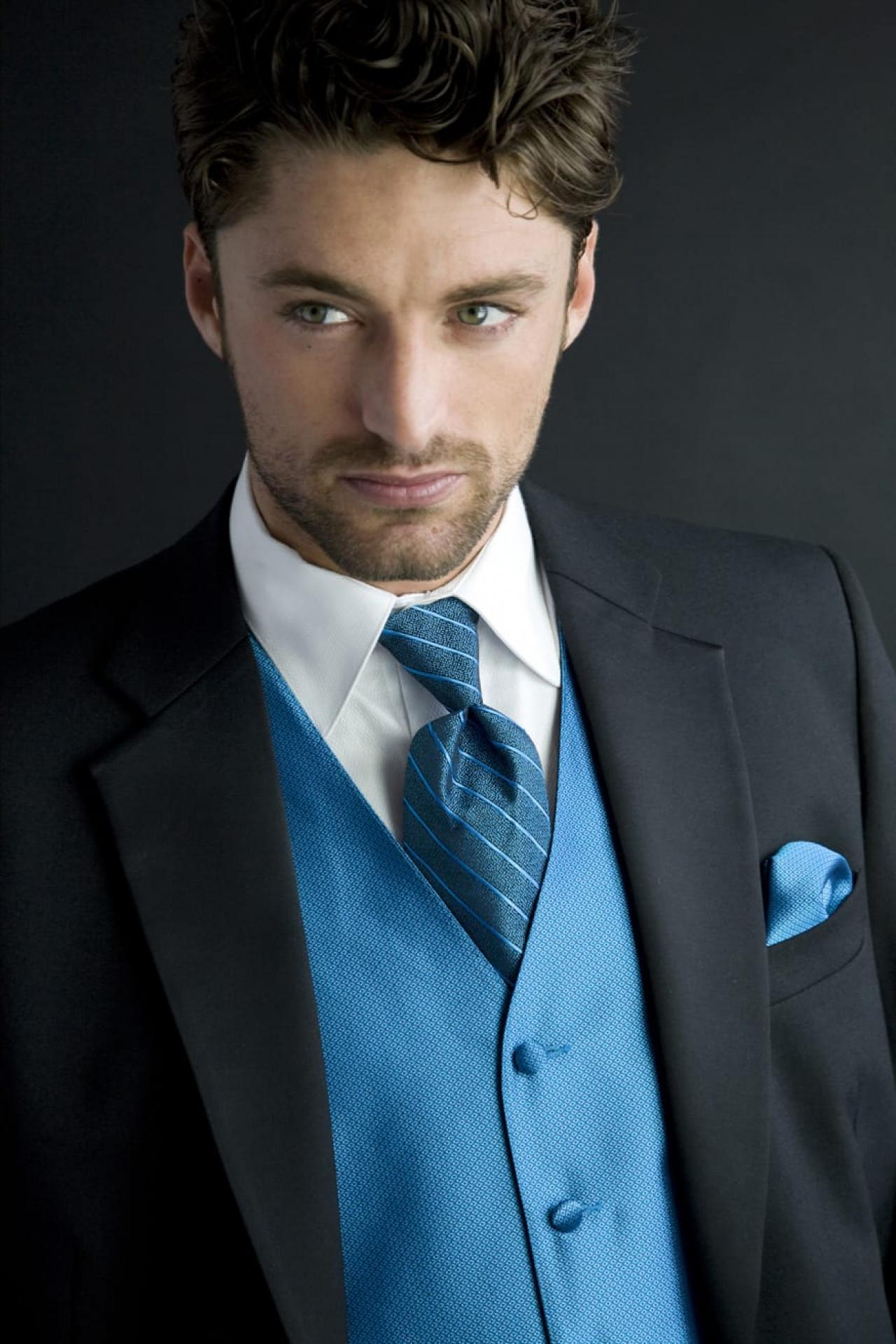 Formal Wear Evergreen Park   Designer Tuxedos   Boss Formal Wear
