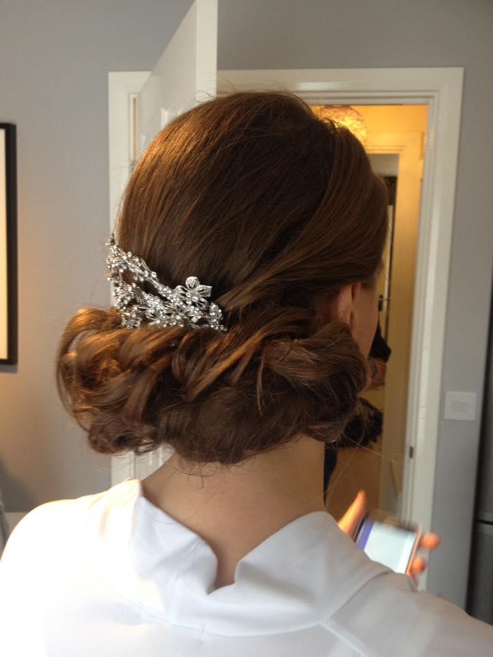 https://0201.nccdn.net/4_2/000/000/008/486/bridal-hair-3.jpg