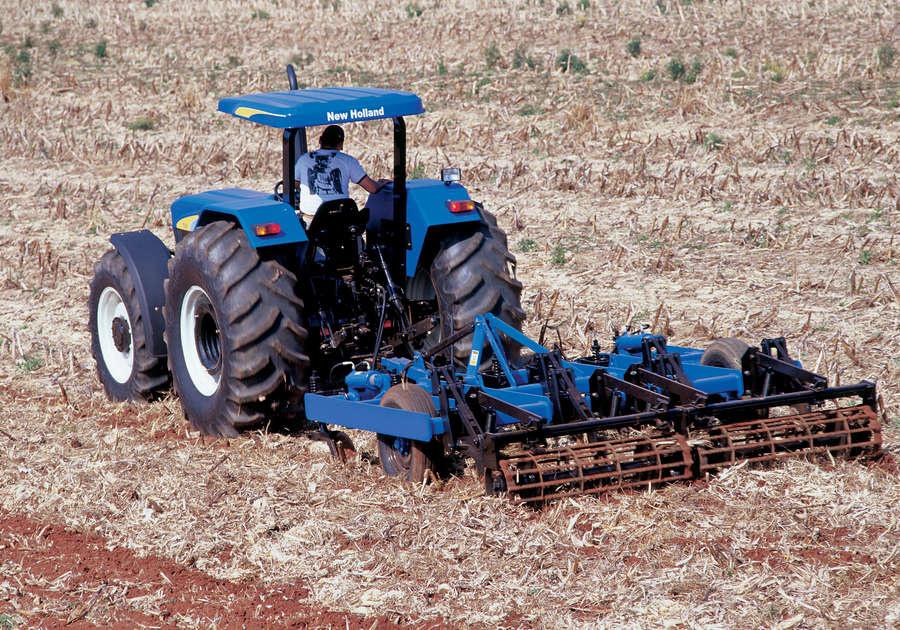 https://0201.nccdn.net/4_2/000/000/008/486/newholland-agriculture-tratores-serie30-60-900x630.jpg
