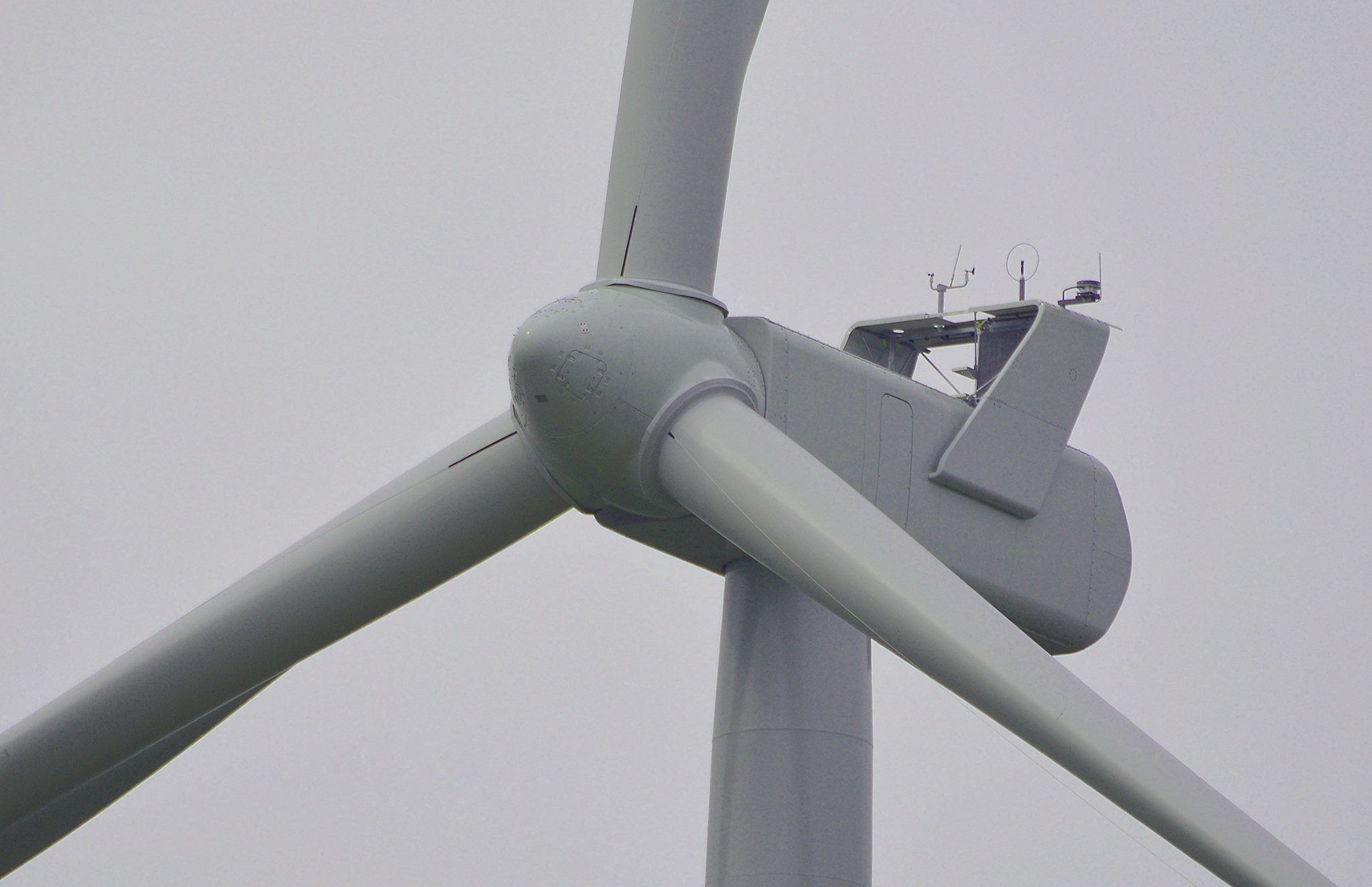 https://0201.nccdn.net/4_2/000/000/008/486/wind-turbine.jpg