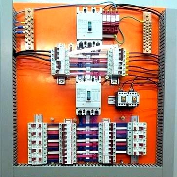 INSTALAÇÃO DE PAINEL ELÉTRICO FEITA PELA JRJ ENGENHARIA ELÉTRICA, A JRJ Engenharia Elétrica é especializada em instalações elétricas residenciais, industriais e comerciais. Além da instalação de painéis elétricos, a empresa também executa diversos serviços nesse segmento. Entre eles, estão: •Manutenção de cabine primária; •Iluminação de lojas; •Projeto luminotécnico; •Laudo de termo visão para indústria em quadros e motores elétricos; •Entradas de energia elétrica para qualquer empreendimento. A JRJ Engenharia Elétrica é uma empresa jovem com olhar inovador. Em atividade desde 2010, a JRJ Engenharia Elétrica atende diariamente clientes de todo ESTADO. São indústrias dos mais variados segmentos: condomínios, residências, comércio em geral e shopping centers que procuram pelos serviços de qualidade e bem executados da JRJ Engenharia Elétrica.