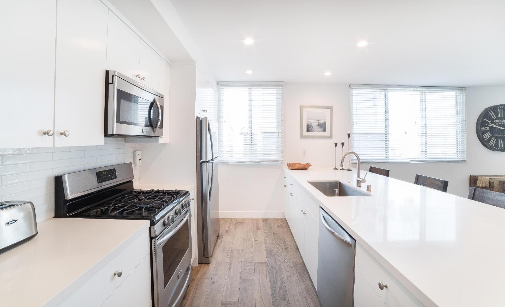 Hermosa Beach Apartment Kitchen