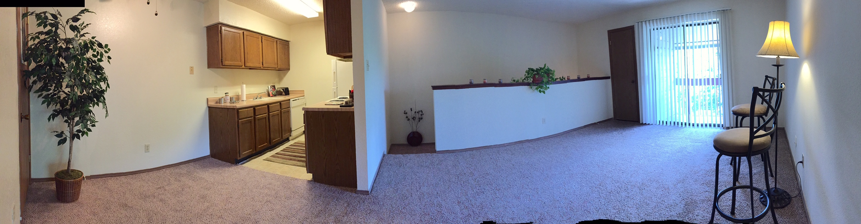 Panoramic - Kitchen, Dining, Living Rooms