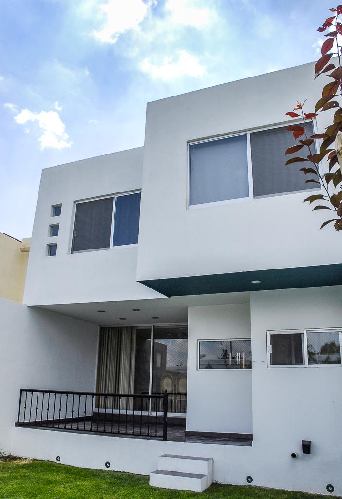 https://0201.nccdn.net/4_2/000/000/00d/f43/casas-5.jpg