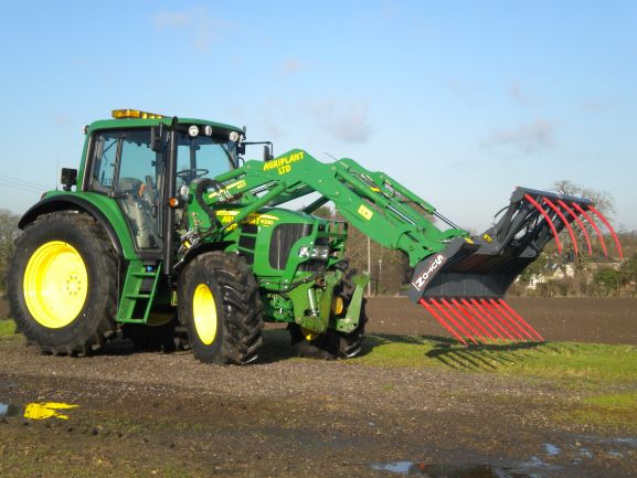 Tractor c/w Grab