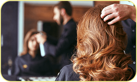 Women's Haircut. Hairdresser