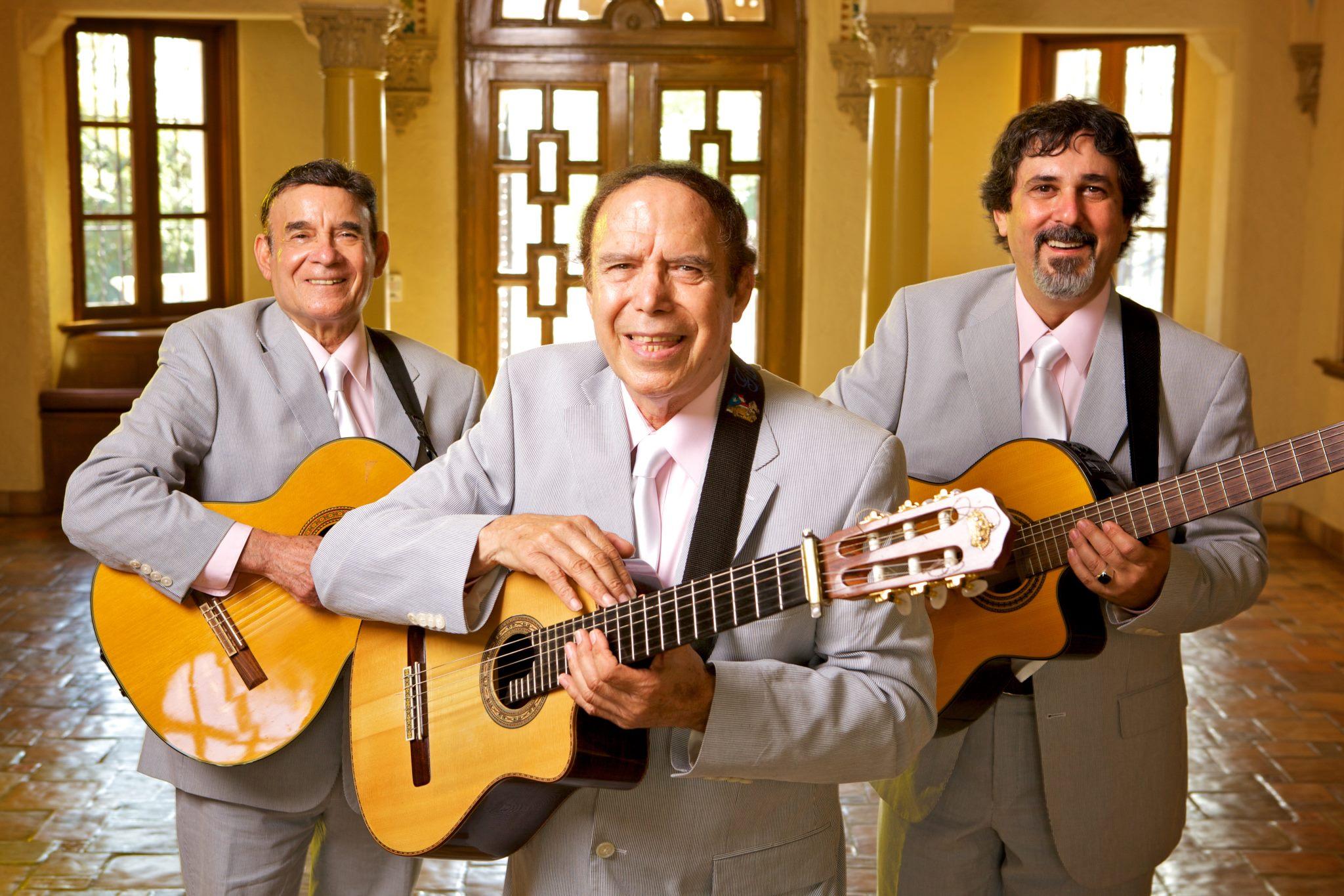 https://0201.nccdn.net/4_2/000/000/011/751/Los-Tres-Reyes-promo.jpg