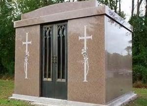 https://0201.nccdn.net/4_2/000/000/017/e75/05-3b-mausoleum.jpg