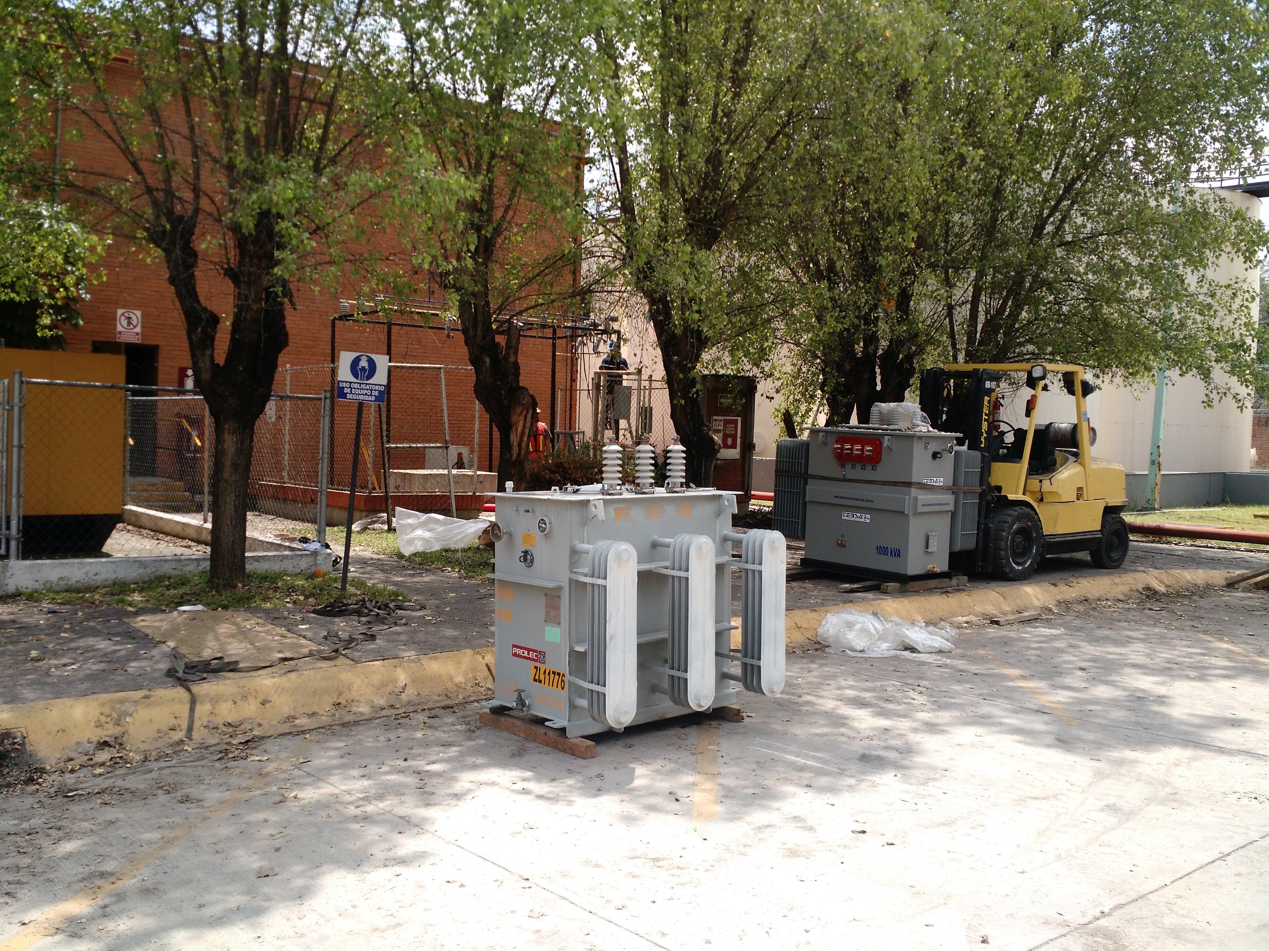 INSTALACIÓN ELÉCTRICA  Y MANIOBRAS NECESARIAS PARA  UNA INSTALACIÓN SEGURA.