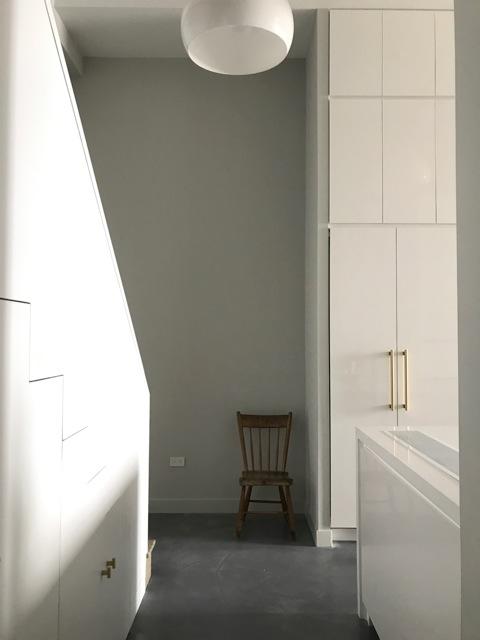a3_7_1423_foyer_stair.jpg