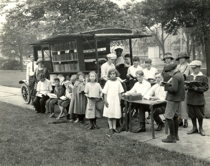 Dayton Book Wagon - 1924
