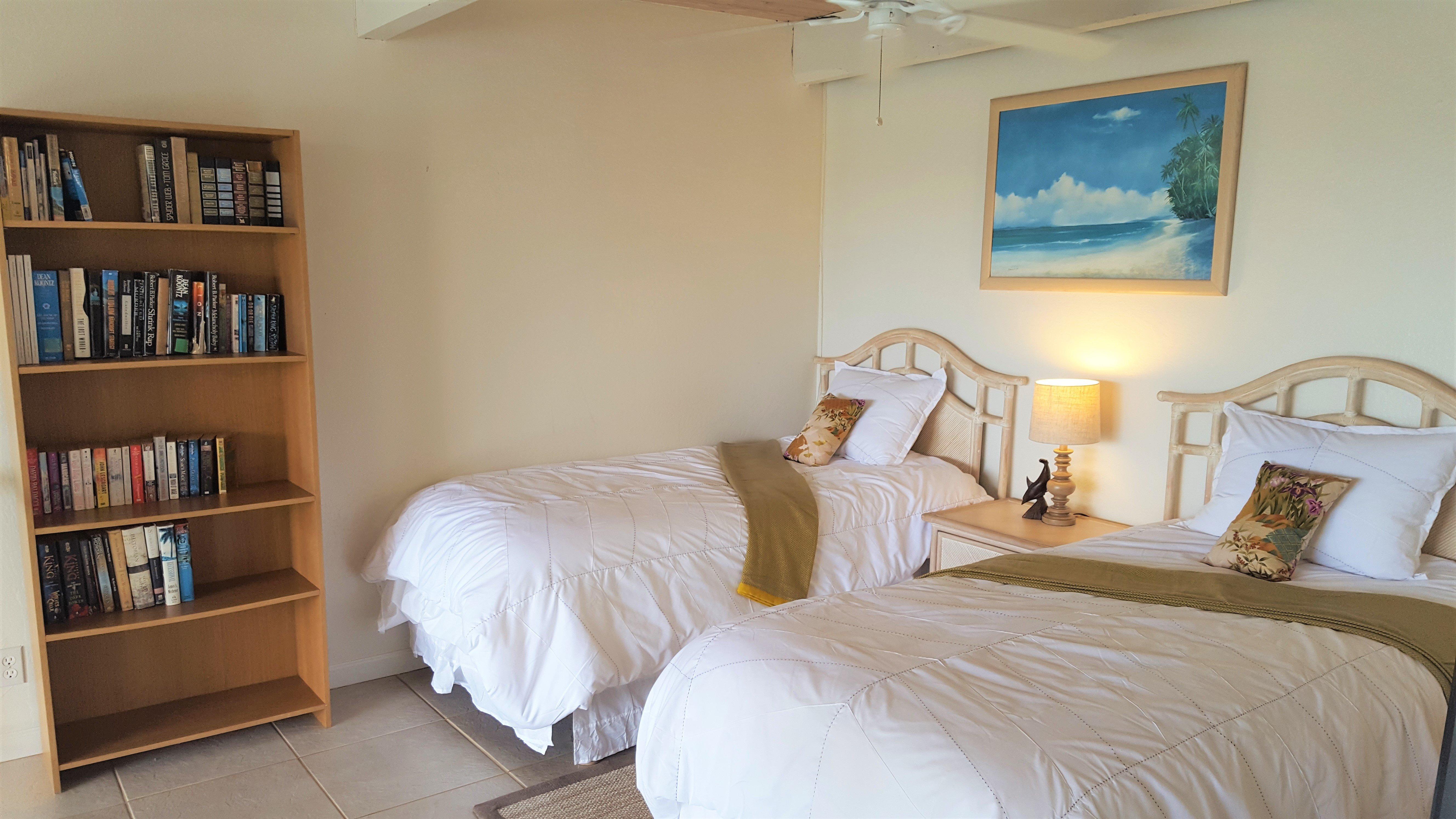 C25 Upstairs bedroom