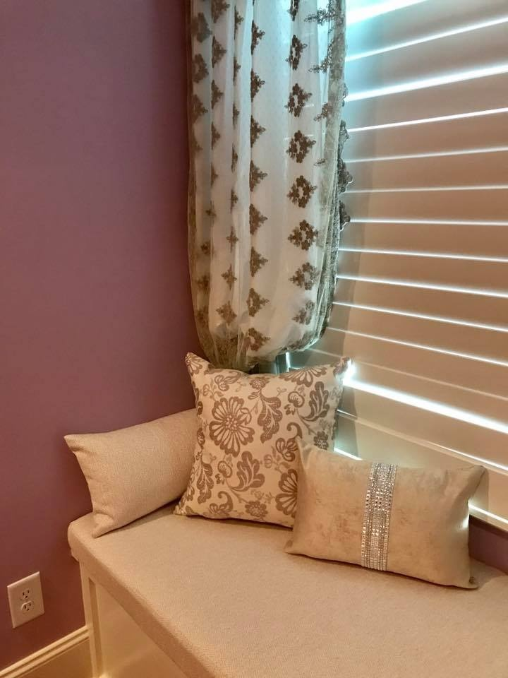 Elegant Blinds and Pillows