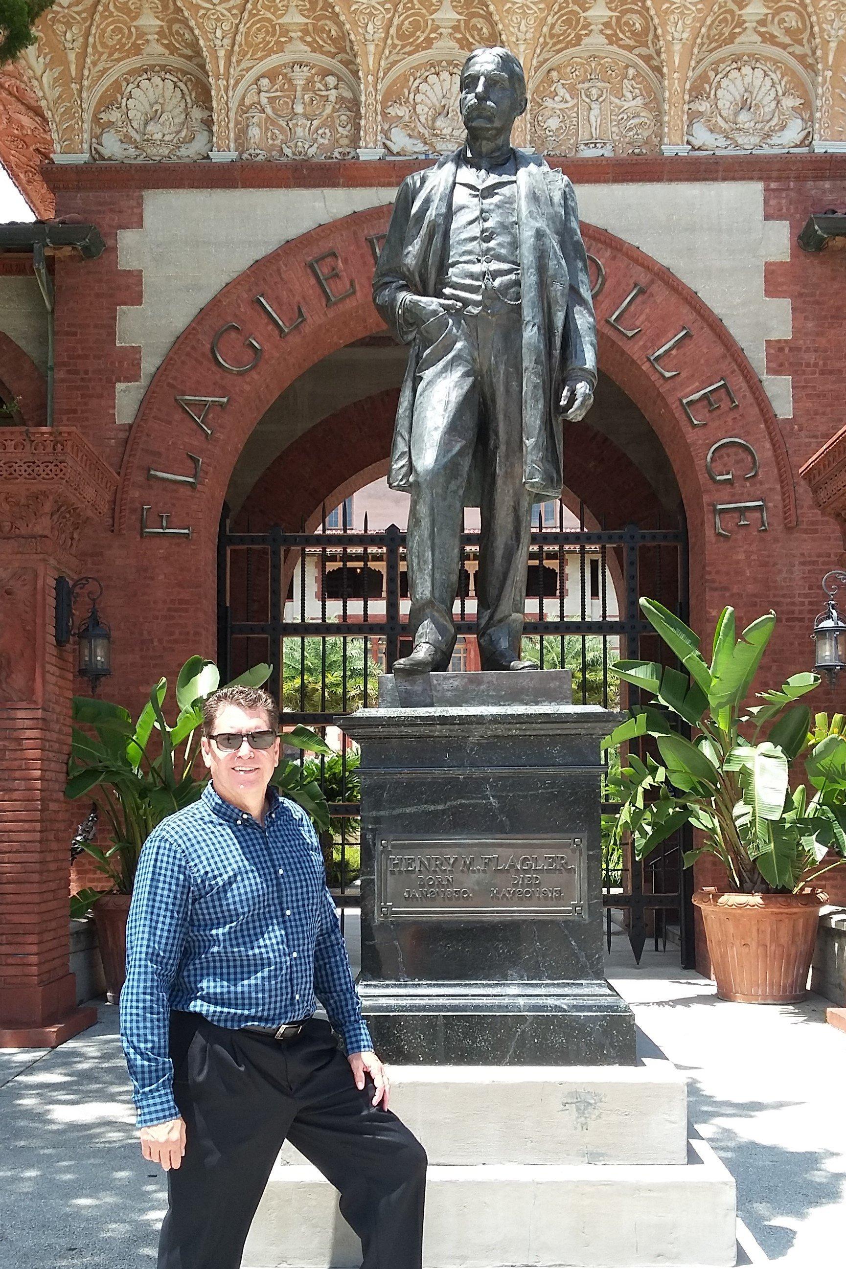 https://0201.nccdn.net/4_2/000/000/01e/20c/Flagler-statue--2--1729x2594.jpg