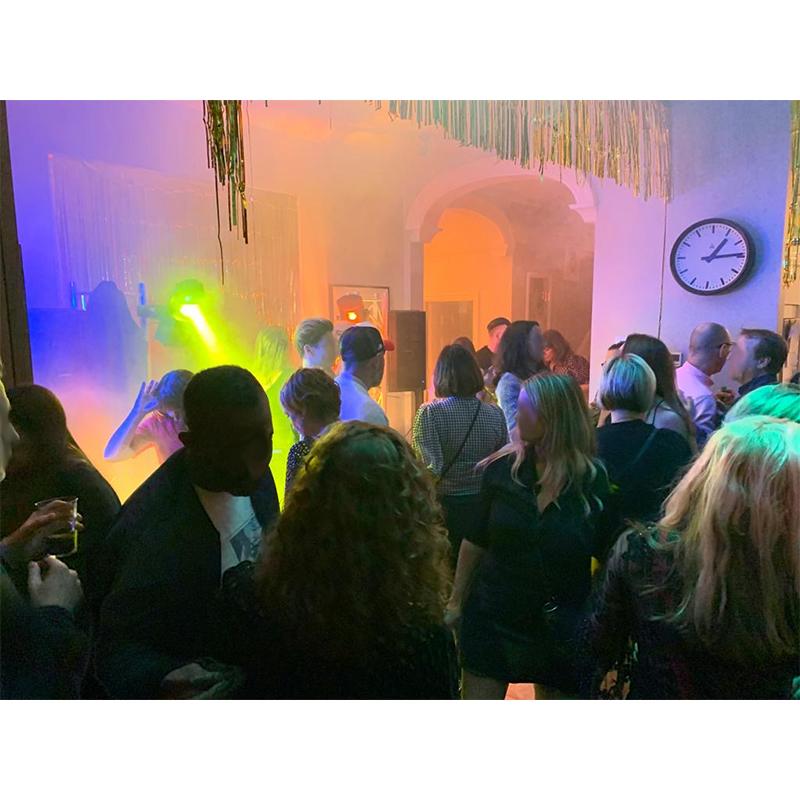 https://0201.nccdn.net/4_2/000/000/01e/20c/Party-Pic-3.jpg