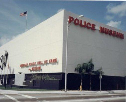 https://0201.nccdn.net/4_2/000/000/01e/20c/Police-Hall-of-Fame-504x406.jpg