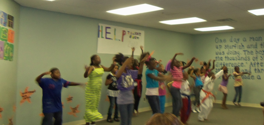 Kids dancing in talent show